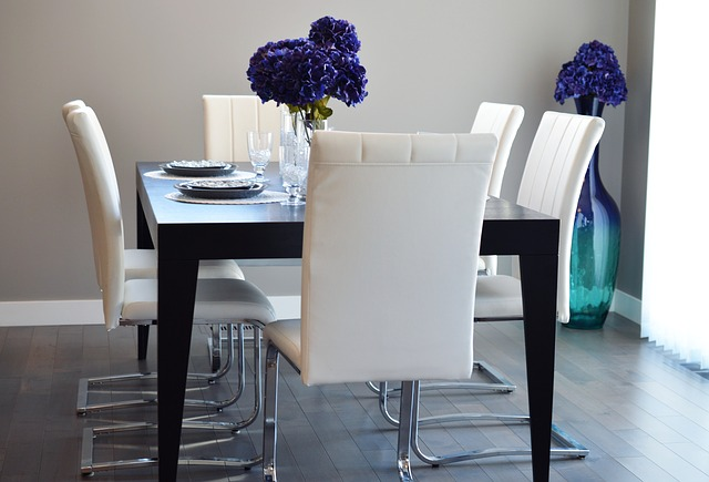 Tricks To Stage Your Home For Less